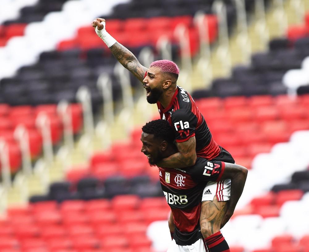 Gabigol e Gerson - Flamengo x Internacional, Brasileirão — Foto: André Durão
