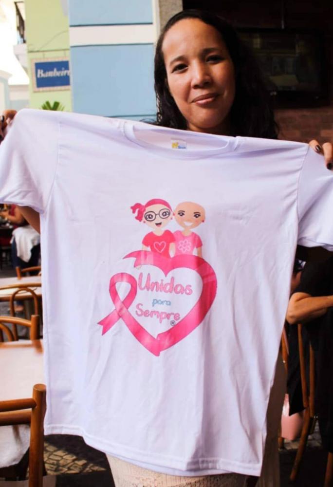 Jaqueline Chagas é contabilista, paciente de câncer e fundadora do Instituto Unidas para Sempre, que tem como objetivo dar suporte e apoio ao paciente com câncer e outras patologias.