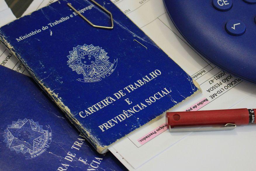 Sine/PB tem mais de 700 vagas disponíveis em cinco cidades da Paraíba
